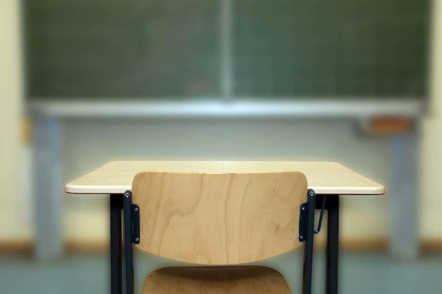 Calo di 1140 studenti nelle scuole primarie bergamasche