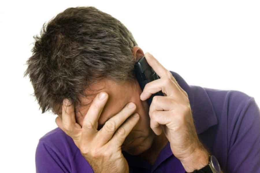 La truffa corre sul filo del telefono