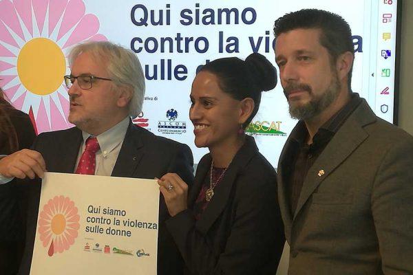 negozi di Bergamo contro la violenza sulle donne