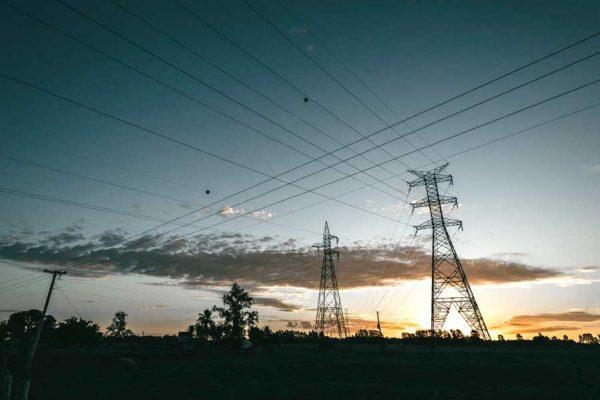 Due proroghe in manovra sul mercato tutelato dell'energia