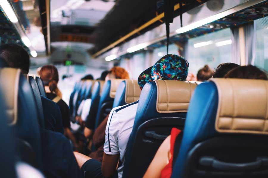 Aggressioni e minacce sugli autobus
