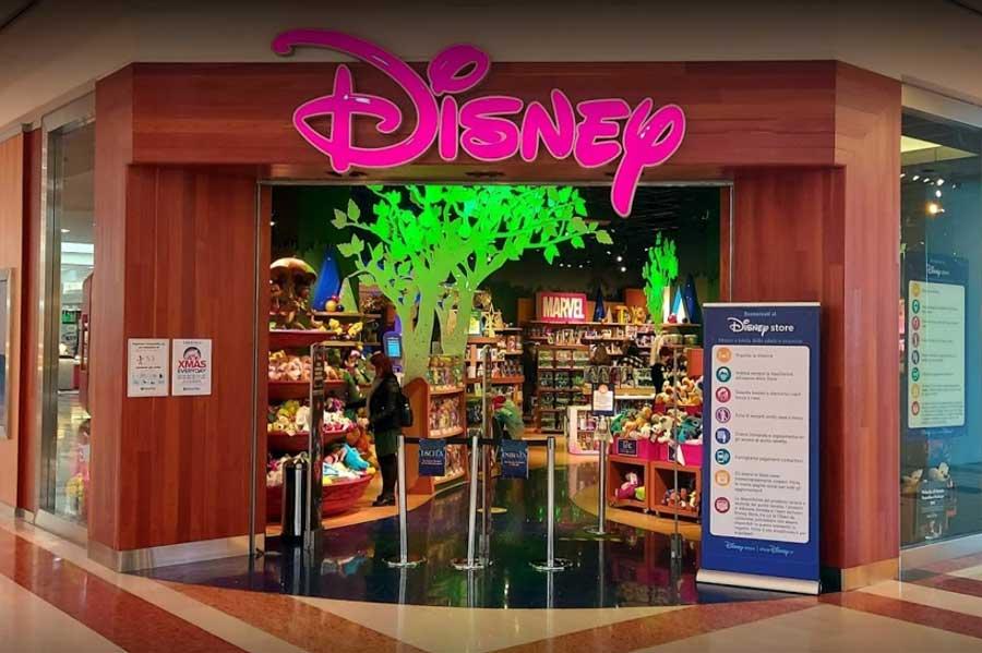 Disney licenzia 250 persone